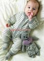 Для малыша 3-12 месяцев. Полосатый теплый комбинезон и носки. Спицы