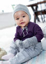 Для малыша в возрасте до 24 месяцев. Теплая шапочка и варежки. Спицы