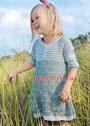 Для девочки 3-9 лет. Двухцветное платье с круглой кокеткой и кармашками. Спицы