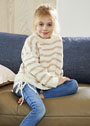 Для девочки 3-13 лет. Белый пуловер с бежевыми полосамих. Спицы