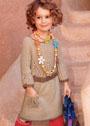 Для девочки 2-4 лет. Платье с ажурной отделкой и карманом. Спицы