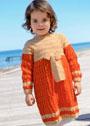 Для девочки 1,5-6 лет. Двуцветное платье с кокеткой и бантом. Спицы