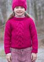 Для девочки 4-12 лет. Малиновый пуловер с центральной косой. Спицы