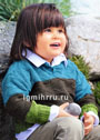 Для мальчика 1,5-7 лет. Шерстяной пуловер с широкими полосами рельефного узора. Спицы