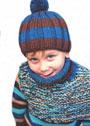 Теплый комплект для мальчика: шапка в полоску и пестрая манишка. Спицы