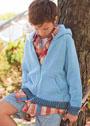 Для мальчика 10-15 лет. Жакет с капюшоном, карманами и застежкой-молнией. Спицы