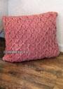 Розовая подушка с имитацией буфов. Спицы