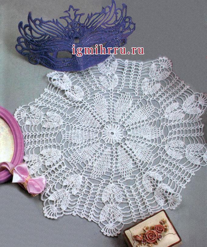 Салфетка белого цвета. Филейное вязание. Вязание крючком