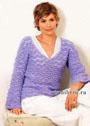 Мягкий и пушистый пуловер сиреневого цвета, дополненный шарфом-петлей. Крючок