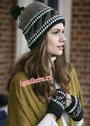 Шерстяной зимний комплект: шапочка и митенки с этническими мотивами. Крючок