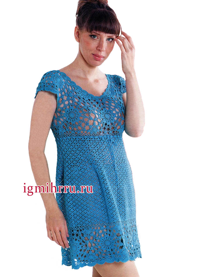 Ажурное летнее платье бирюзового цвета. Вязание крючком