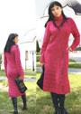 Яркое платье малинового цвета с выразительными ромбами. Крючок