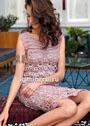 Женственное розовое платье с ажурными узорами. Крючок
