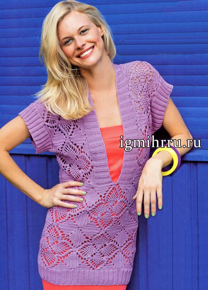 Удлиненный сиреневый пуловер с глубоким V-образным вырезом и красивыми цветочными квадратами. Вязание крючком