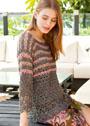 Коричневый пуловер с узорами из ракушек и светлыми полосками. Крючок