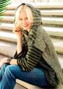 Полосатый пуловер оверсайз с капюшоном. Крючок