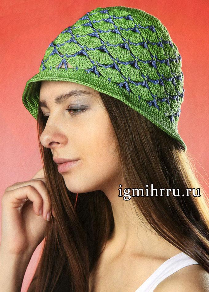 Зеленая летняя шляпка с синими вставками. Вязание крючком