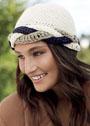 Шерстяная шапочка с трехцветной косой. Крючок