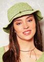 Летняя светло-зеленая шляпка с полями. Крючок