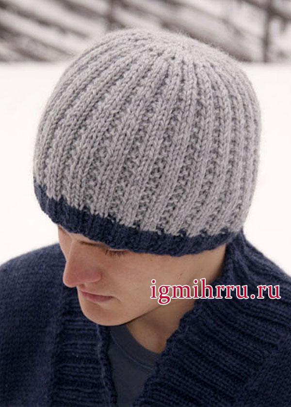 Шерстяная мужская шапка голубого цвета с темной окантовкой, от Drops Design. Вязание спицами