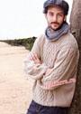 Мужской бежевый пуловер с косами и вафельным узором. Спицы