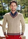 Бежевый мужской пуловер с косами и планками в полоску. Спицы