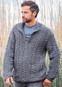 Серый мужской пуловер с клетчатым узором с косами. Спицы
