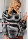 Черно-белый структурный пуловер. Спицы