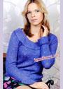 Синий пуловер с узором из дырочек и воротником-воланом. Спицы