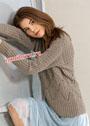Комфортный серый пуловер с сочетанием узоров. Спицы