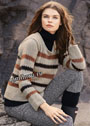 Повседневный теплый пуловер в полоску. Спицы