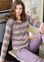 Двухцветный ажурный пуловер с волнистыми полосами. Спицы