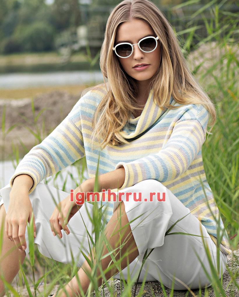 Полосатый пуловер с цветочком
