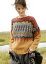 Пуловер цвета карри с крупным жаккардовым узором. Спицы