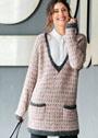 Длинный пуловер с двухцветным узором из снятых петель. Спицы