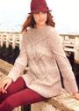 Теплый уютный пуловер песочного цвета с косами. Спицы