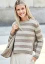 Песочно-кремовый пуловер в широкую полоску. Спицы