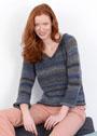 Пуловер с V-образным вырезом из шерстяной пряжи секционного крашения. Спицы