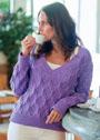 Сиреневый пуловер с ромбами и ажуром. Спицы