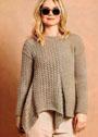 Асимметричный бежевый пуловер с ажурным узором. Спицы