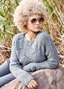 Пуловер с полупатентным ажурным узором. Спицы