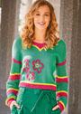 Зеленый хлопковый пуловер с цветочной вышивкой. Спицы