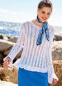 Белый женственный пуловер с ажурными полосами. Спицы