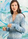 Пуловер из фасонной пряжи, с завязками и удлиненной спинкой. Спицы