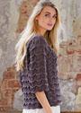 Серо-коричневый пуловер с волнистым узором. Спицы