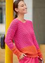 Двухцветный хлопковый пуловер с узором лесной орех. Спицы