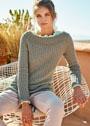 Пуловер с ребристым узором и вырезом-лодочкой. Спицы