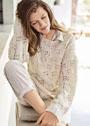 Свободный ажурный пуловер цвета экрю. Спицы
