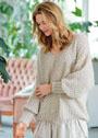 Пуловер с широкими рукавами и узором из розочек. Спицы