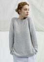Шелковый пуловер с полупатентной резинкой и рельефным узором. Спицы